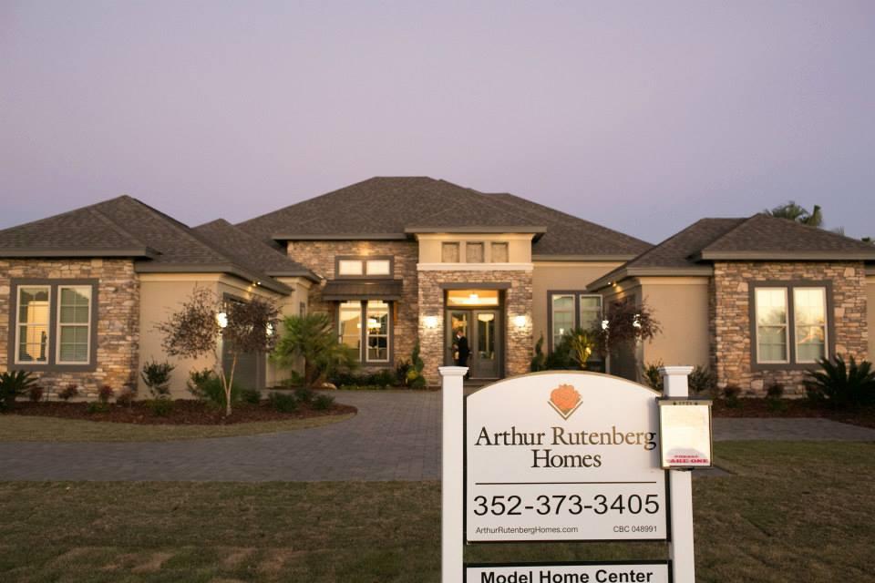 Arthur Rutenberg model home